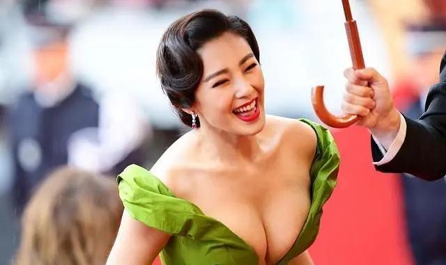 中国女生的胸,是如何被骗大的?